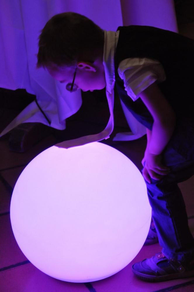 Eclairage de soirée : lampe phosporescente