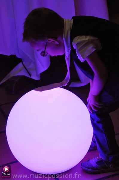 éclairage boule lumineuse