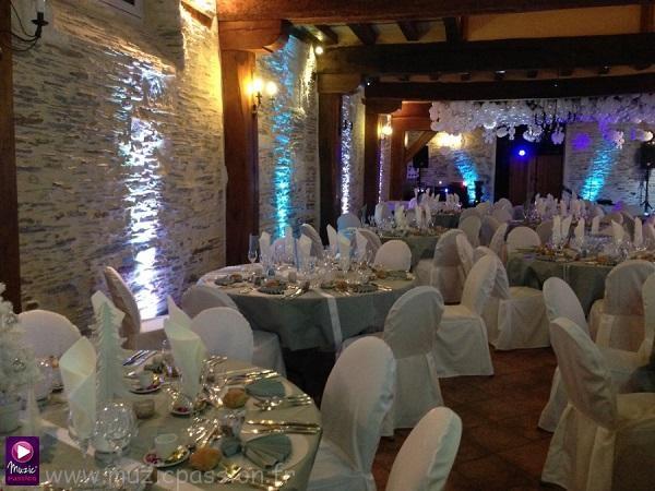 éclairage salle mariage - Château de Belle Poule (49)