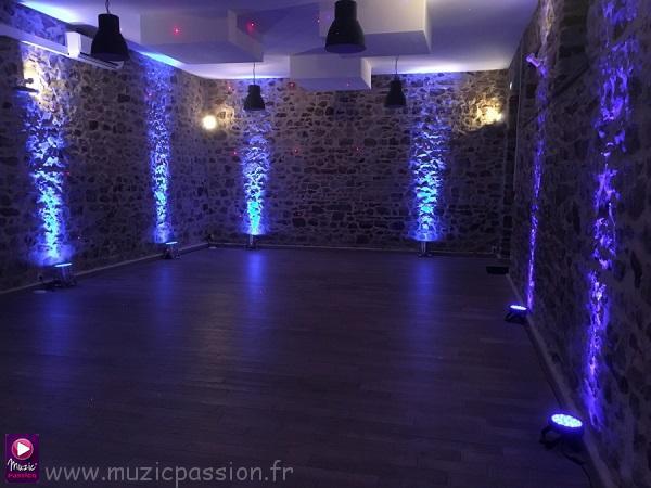 éclairage soirée dansante - Château du Lattay (53)